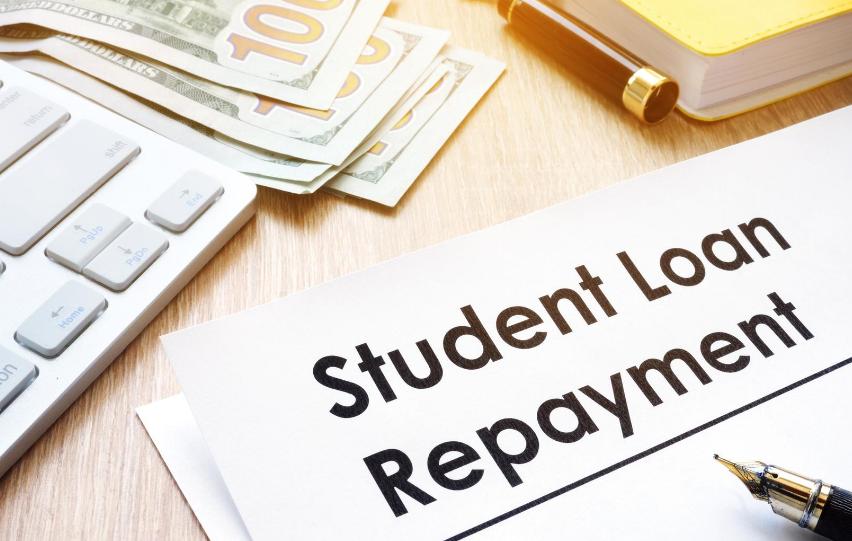 When to Refinance Private Student Loans