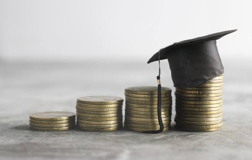 Ways to Avoid Taking Out Student Loans for College